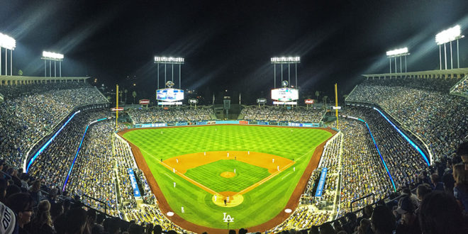 Dodgerstadium_nlds_night-660x330
