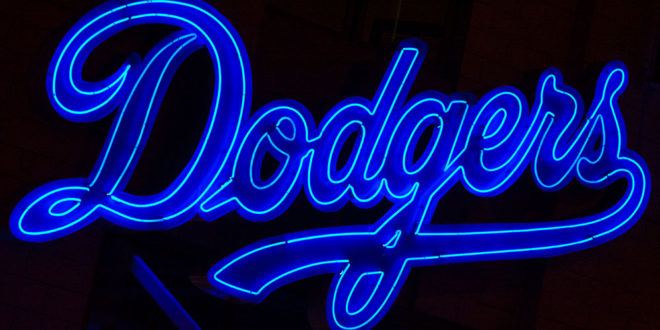 Dodgers-blue-neon-sign-660x330