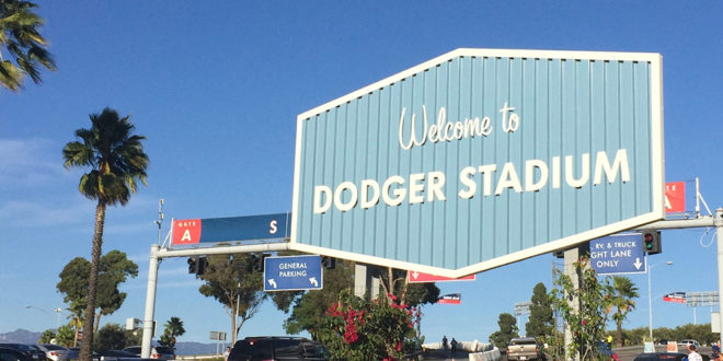 Dodger-stadium-welcome-parking-lot-sign-660x330